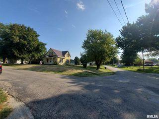 404 4th Ave, Sherrard, IL 61281