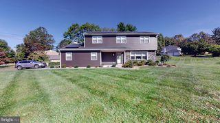 2085 Kriebel Rd, Lansdale, PA 19446