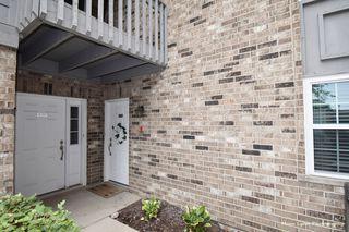 39 Foxcroft Rd #115, Naperville, IL 60565