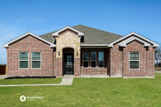 627 Green Mound Dr, Red Oak, TX 75154