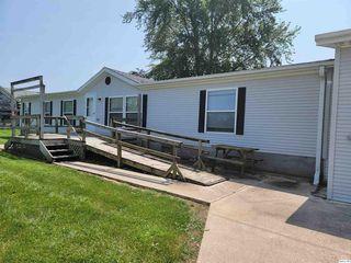 2675 E County Road 2300, La Harpe, IL 61450