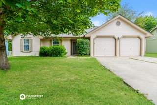 1602 Cooper Dr, Raymore, MO 64083