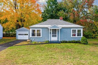 15 Champagne Ave, Laconia, NH 03246