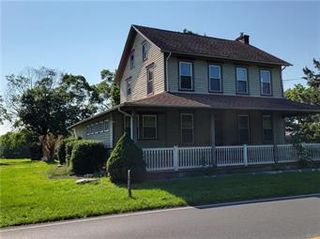 1520 N Irving St, Allentown, PA 18109