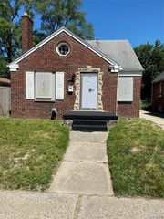 16570 Freeland St, Detroit, MI 48235