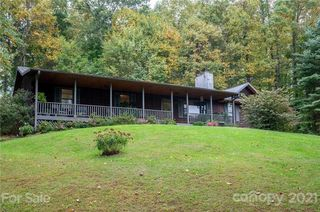 11 Cedar Ridge Dr, Asheville, NC 28806