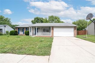 8528 Friendship Ln, Indianapolis, IN 46217