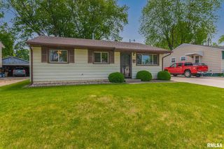 3534 3rd Ave, East Moline, IL 61244
