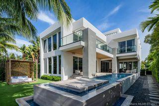 672 S Shore Dr, Miami Beach, FL 33141