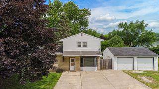 45 W Pine Ave, Cortland, IL 60112