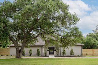 1700 Brook Hollow Dr, Bryan, TX 77802