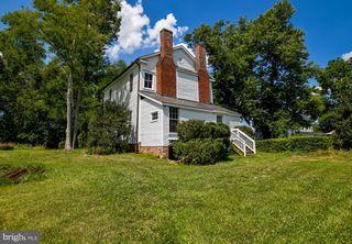 19214 York Rd, Stevensburg, VA 22741