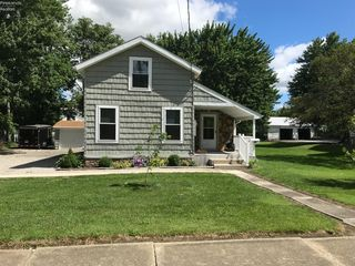 25 3rd St, New London, OH 44851