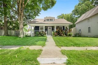 112 S Campbell St, Pleasant Hill, MO 64080