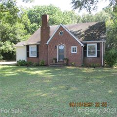 429 S Main St, Boiling Springs, NC 28152