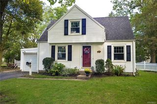 4243 Connection Dr, Williamsville, NY 14221