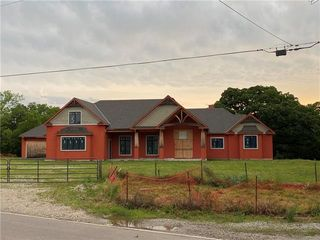 6570 Mize Rd, Shawnee, KS 66226