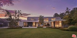 2188 Mandeville Canyon Rd, Los Angeles, CA 90049