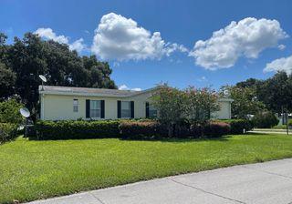 723 N Edgewater Dr, Plant City, FL 33565