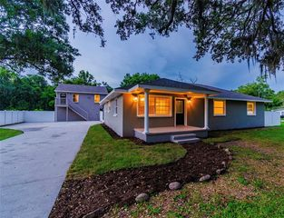 205 W 122nd Ave, Tampa, FL 33612