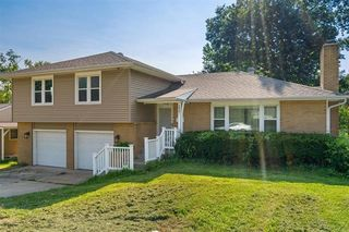 3806 S Sterling Ave, Independence, MO 64052