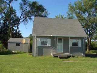 925 W Social Row Rd, Dayton, OH 45458