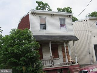 711 Mount Vernon St, Camden, NJ 08103