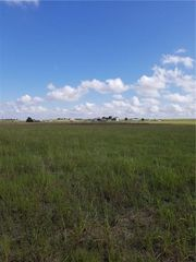 130 Botkin Ln, Coupland, TX 78615