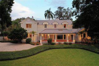 504 Riverside Dr, Tarpon Springs, FL 34689