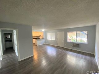 10707 New Haven St #15, Sun Valley, CA 91352