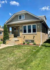 3243 Oak Ave, Brookfield, IL 60513