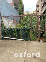 420 Wallabout St, Brooklyn, NY 11206