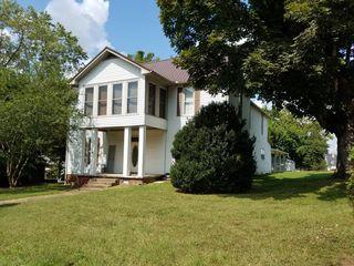504 Evans St, Livingston, TN 38570