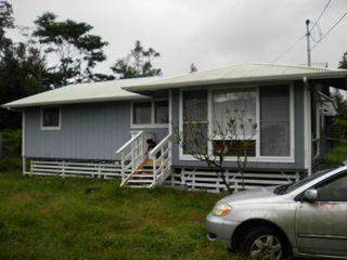 15 Naupaka Ave, Keaau, HI 96749