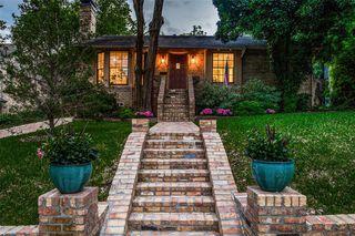 2844 Claudette Ave, Dallas, TX 75211