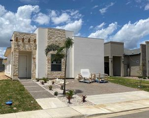 2606 Marion St, Laredo, TX 78043