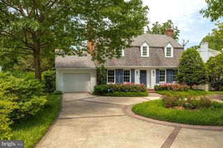 6422 Western Ave, Chevy Chase, MD 20815