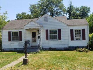 3913 W Chatham Dr, Richmond, VA 23222