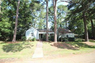 125 River Park Dr, Jackson, MS 39202