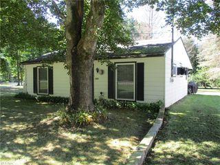 8999 Avon Dr, Linesville, PA 16424