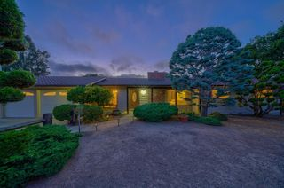 101 Twin Oaks Dr, Monterey, CA 93940
