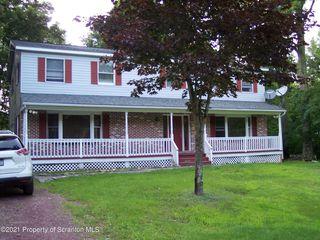 115 Evergreen Dr, Gouldsboro, PA 18424