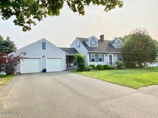 129 Lucia Dr, Pittsfield, MA 01201