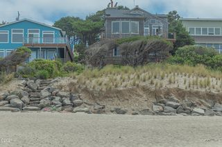 4675 Lincoln Ave #SHARE_-2, Depoe Bay, OR 97341
