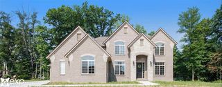 55799 Timbers Edge Dr, Shelby Township, MI 48316