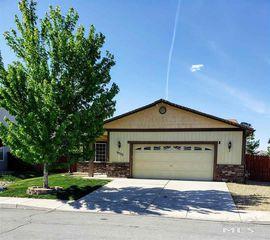 18329 Dustin Ct, Reno, NV 89508