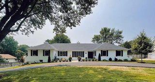 5205 W 83rd St, Prairie Village, KS 66208