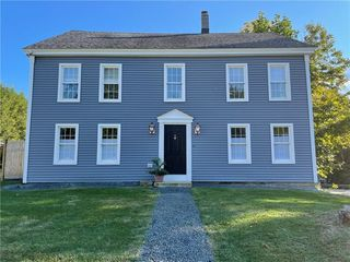 1 Library Rd, Canterbury, CT 06331