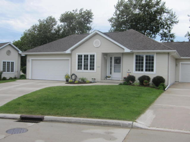 1644 Black Walnut Trl #31, Sheboygan, WI 53081 - 3 Bed, 3 Bath - 24