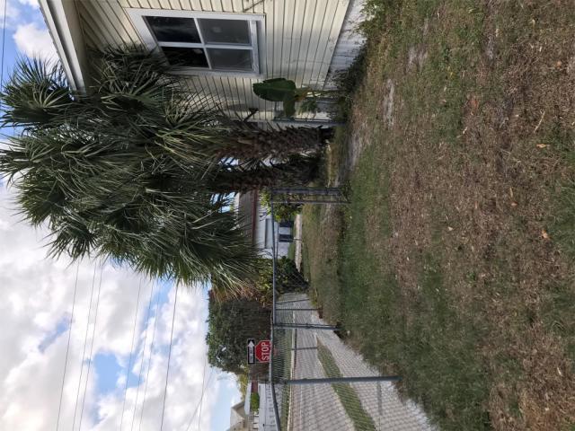 3208 N 15th St, Tampa, FL 33605